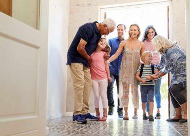 Abuelos y nietos. El derecho de familia también les ampara.