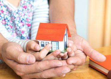 ¿Influye la edad de los hijos en el uso de la vivienda familiar?